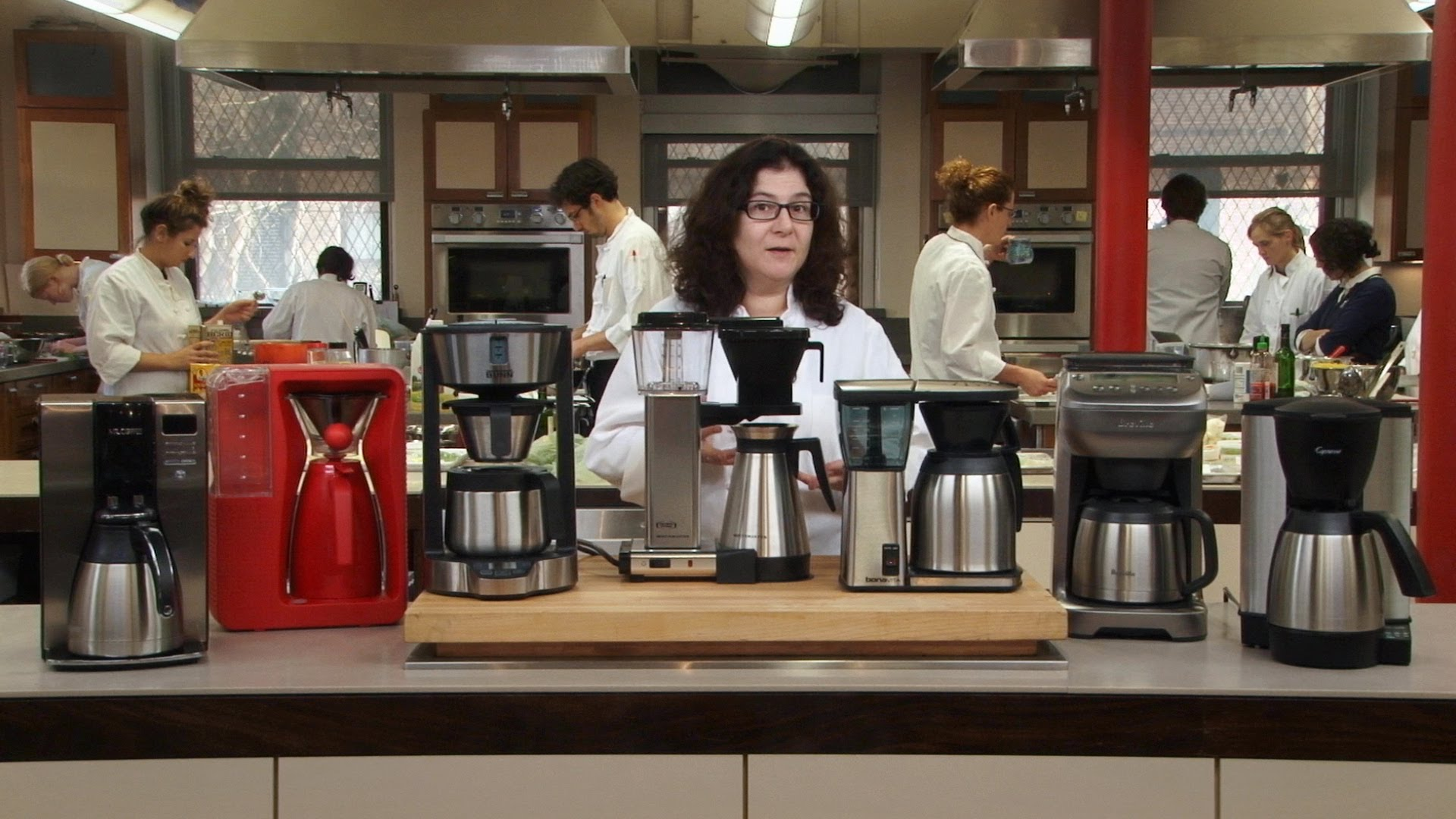 Coffee Maker Buying Guide – 6 Tips To Buying The Perfect Coffee Maker For YOU