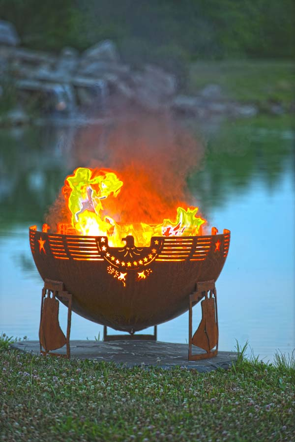 Gorgeous copper fire bowl fire pit for the backyard!