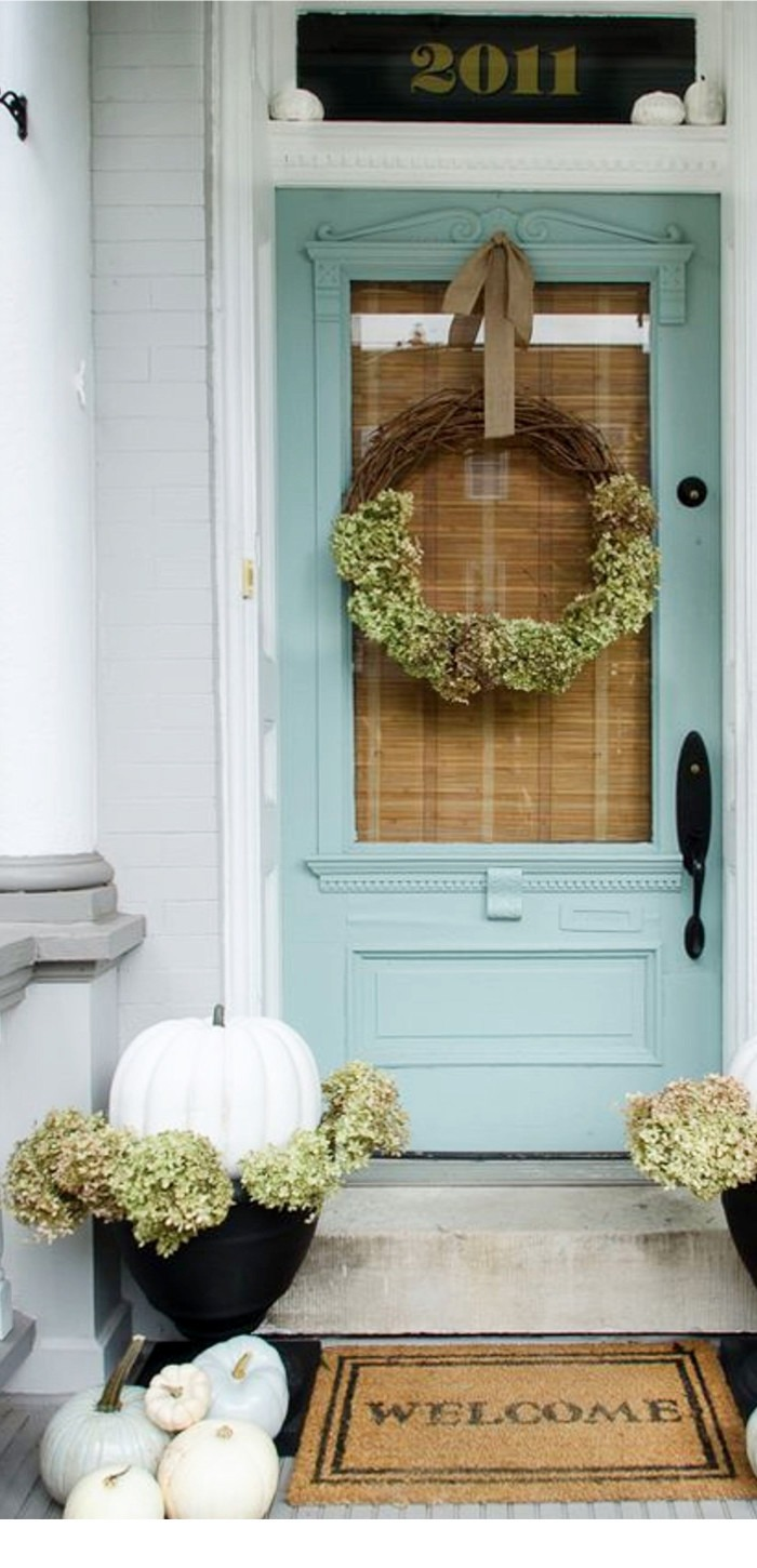 Fall front porch decorating ideas- DIY front porch decor ideas for Fall